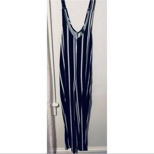 TARGET BLACK AND WHITE JUMPSUIT